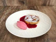 Rhabarber-Tarte mit Marzipan und Joghurteis (Annie Hoffmann) - Rezept - Bild Nr. 2