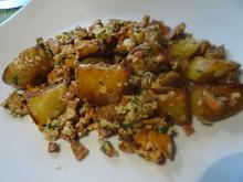 Pfifferlings-Kartoffel-Pfanne mit Speck und Ei - Rezept - Bild Nr. 11079