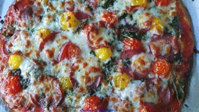 drei mal PIZZA Handmade (kleine Grösse 22 cm) - Rezept - Bild Nr. 2
