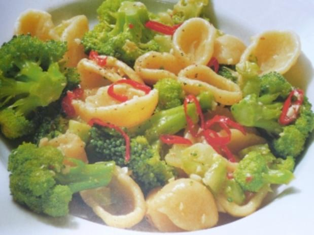 Chili-Brokkoli-Nudeln - Rezept