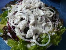 Salat aus Rote-Bete-Spaghetti, Avocado und Ziegenkäse - Rezept - Bild Nr. 2