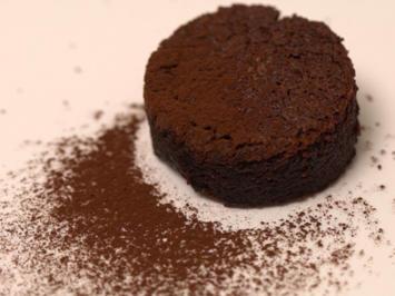 Schokoladentarte mit Himbeersorbet und kleiner Überraschung - Rezept - Bild Nr. 2