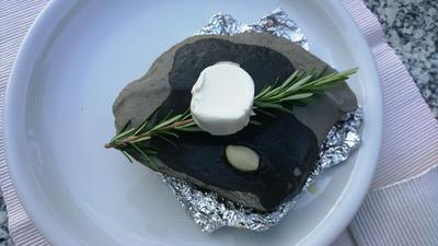 Ziegenfrischkäsetaler vom heissen Stein - Rezept - Bild Nr. 2