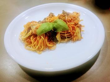 Spaghetti con melanzane alla parmigiana - Überbackene Spaghetti mit Auberginen - Rezept - Bild Nr. 2
