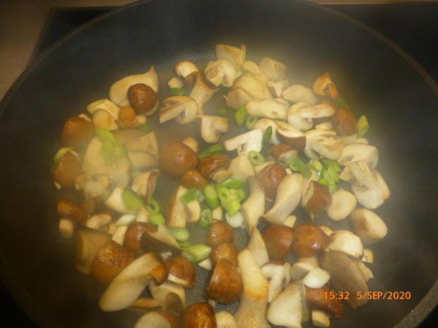Pilz-Omelette mit Camembert - Rezept - Bild Nr. 3