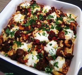 Gratinierte Kartoffelpfannkuchen mit Hack, Pilzen und Tomaten - Rezept - Bild Nr. 11530