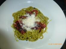 Spaghetti mit Pistazien-Pesto und Bacon - Rezept - Bild Nr. 2