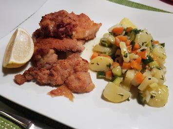 Backhend'l aus dem Ofen mit Kartoffel-Gurken-Salat - Rezept - Bild Nr. 2