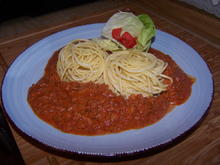 Bolognese  dazu Spagetti und Salat - Rezept - Bild Nr. 11664