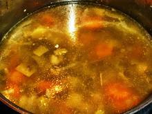 Knochenbrühe für Suppen und Soßen - Rezept - Bild Nr. 2