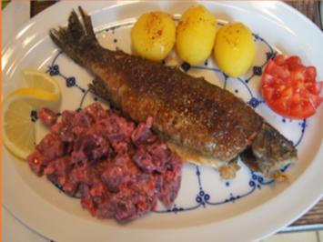 Forelle Müllerin mit Rote-Bete-Gemüse und Curry-Drillingen - Rezept - Bild Nr. 3