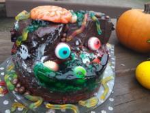 Halloween-Grusel-Insel-Torte - Rezept - Bild Nr. 3