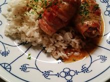 Gemüsezwiebel-Röllchen mit Hack und Reis - Rezept - Bild Nr. 2
