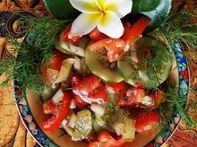 Gemischter Tomatensalat mit Gurken und Dill - Rezept - Bild Nr. 2