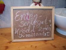 Entenschlegel , mit zweierlei Knödeln +Krautsalat - Rezept - Bild Nr. 12004