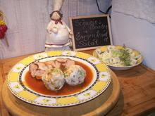 Schweinebraten im Rohr , Brezenknödel , eine gute Soße , Salat dazu - Rezept - Bild Nr. 2