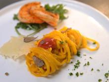Black Tiger Prawns an hausgemachter Pasta in Safrancreme und Trüffel - Rezept - Bild Nr. 2