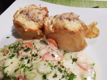 Hack-Kartoffel-Muffins mit buntem Gemüse in Schmelzkäse-Soße - Rezept - Bild Nr. 12151