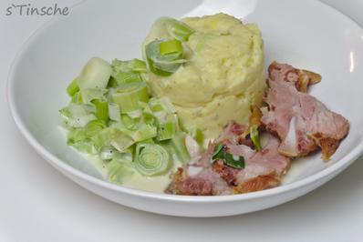 Schälrippchen mit Kartoffelbrei & Lauchgemüse - Rezept - Bild Nr. 2