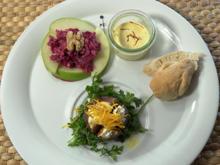 Gratinierte Feige mit Ziegenkäse, Orange und Serranoschinken, Rote-Bete-Salat - Rezept - Bild Nr. 2
