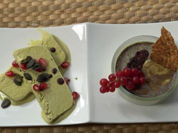 Kürbiskernöl-Parfait mit Granatapfelkernen und Kürbiskernöl-Pannacotta - Rezept - Bild Nr. 2