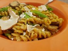 Pasta: 'Crema di Funghi' mit Rucola und Ziegenkäse - Rezept - Bild Nr. 3