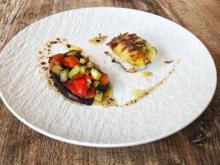 Zander mit Kartoffelschuppen und mediterranem Gemüse (Joachim Llambi) - Rezept - Bild Nr. 2