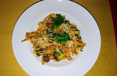 Pasta mit Brokkoli - Broccoli alla siciliana - Rezept - Bild Nr. 2