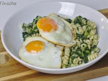 Spinatpasta mit Parmesan & Spiegelei - Rezept - Bild Nr. 2