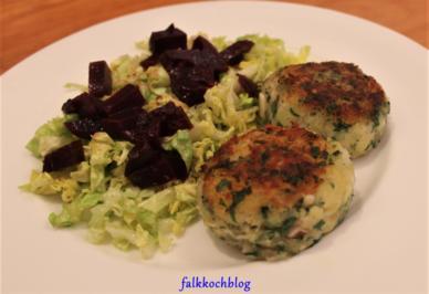 Fiskefrikadeller   grüner Salat   rote Bete - Rezept - Bild Nr. 2