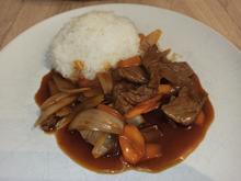 Rindfleisch mit Zwiebeln und Karotten - Rezept - Bild Nr. 2