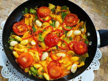 Bunte Linguinepfanne mit Pilzen und Mandeln - Rezept - Bild Nr. 2