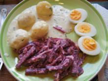 Bechamel-Drillinge mit gekochten Eiern und Rote-Bete-Salat - Rezept - Bild Nr. 2