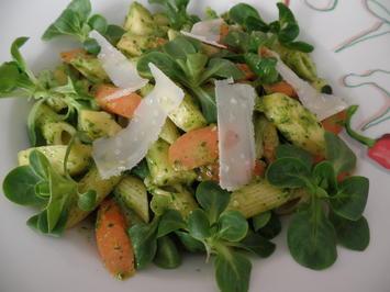 Nudeln mit Wintergemüse und Feldsalat-Pesto - Rezept - Bild Nr. 13162