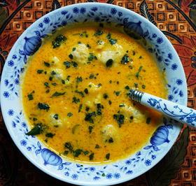 Thailändische Karottensuppe mit Garnelenbällchen - Rezept - Bild Nr. 2
