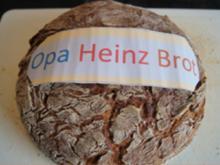 Gewürzbrot mit Cashewkernen nach Opa Heinz - Rezept - Bild Nr. 2