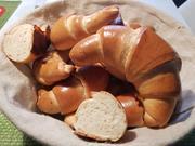 Hefe-Milch-Hörnchen - Rezept - Bild Nr. 2