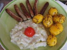 Rahmkohlrabi mit Nürnberger Rostbratwürstchen und Kümmel-Baby-Kartoffeln - Rezept - Bild Nr. 2