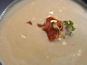 Winterliche Maronensuppe mit Cashew- und Schinkencrunch - Rezept - Bild Nr. 2