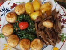 Steakhüfte mit-Babyspinat und Champignons im Wok und Pellkartoffel-Drillingen - Rezept - Bild Nr. 2