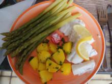 Rotbarschfilet mit grünen Spargel und Petersilien-Kartoffeln - Rezept - Bild Nr. 2