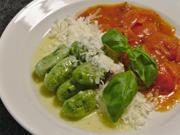 Spinat-Gnocchi mit puristischer Tomatensoße - Rezept - Bild Nr. 13812
