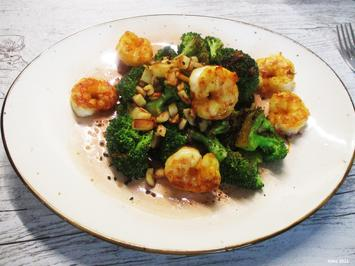 Lauwarmer Brokkoli-Salat mit Pastinaken- Knusperle - Rezept - Bild Nr. 13822