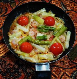 Bandnudeln mit Shrimps und grünem Spargel - Rezept - Bild Nr. 13901