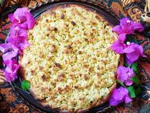 Apfelkuchen mit Aprikosen und Kokosstreuseln - Rezept - Bild Nr. 2