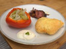 Kevert saláta mit Ciganypecsenye und Mini-Lángos - Rezept - Bild Nr. 13919