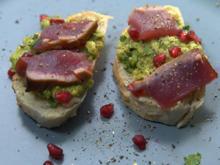 Thunfisch kurz gebraten mit Granatapfel Guacamole und Pane Pugliese - Rezept - Bild Nr. 13941