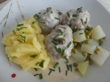 Königsberger Klopse mit Kartoffelstampf und Kohlrabi-Erbsen-Gemüse - Rezept - Bild Nr. 14047