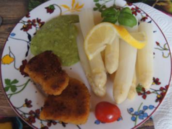 Spargelspitzen mit Mini-Knusper-Schnitzel und Erbsen-Kartoffel-Creme - Rezept - Bild Nr. 2