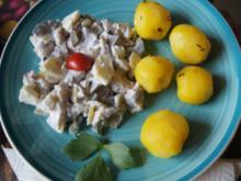 Heringssalat mit griechischen Jogurt und Pellkartoffeln - Rezept - Bild Nr. 14135